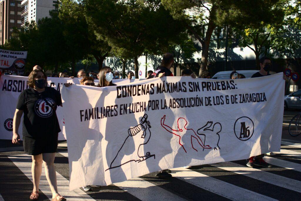 Manifestación por la absolución de los 6 antifascistas de Zaragoza